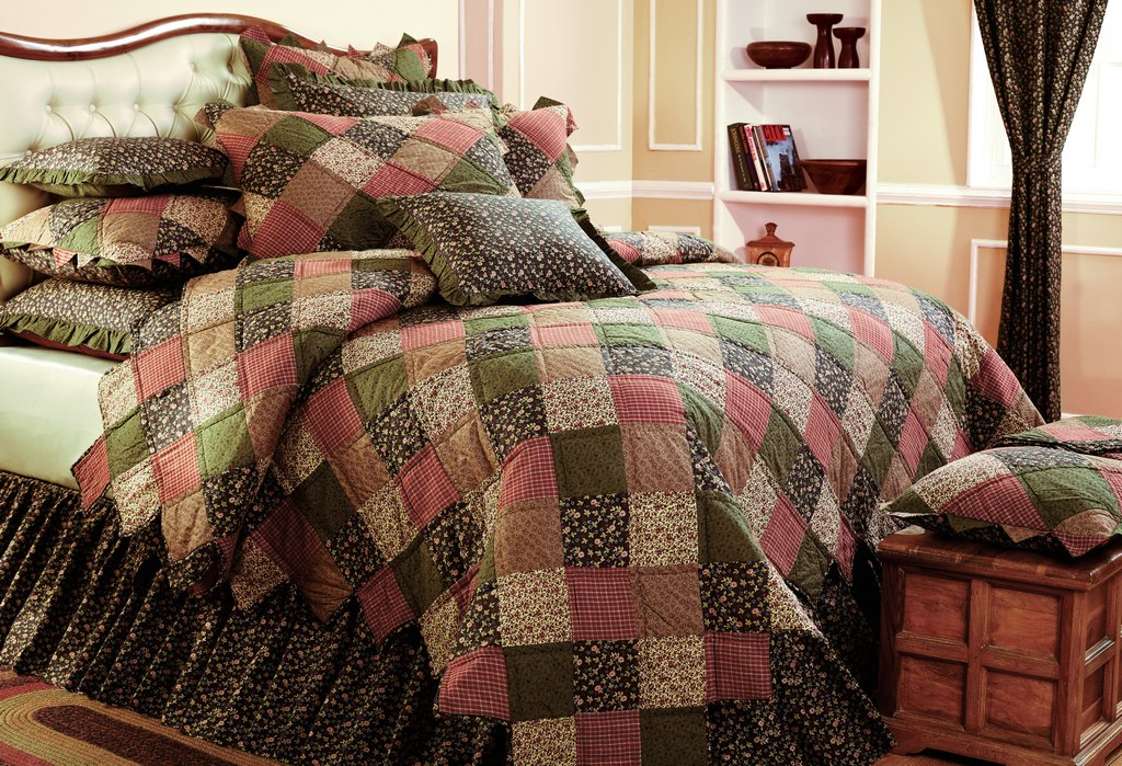 Chandler AZ heirloom bedding