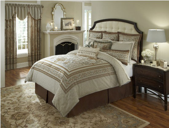 Chandler counties heirloom bedding